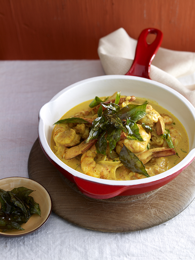 Shrimp Moilee is a delicious South Indian dish flavoured mostly with turmeric.