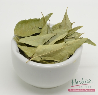 CURRY LEAVES WHOLE  3g (Approx. 50 leaves)